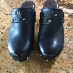 Lucky Brand Black Leather Clogs size 7